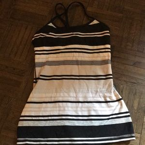 Lululemon power tank - size 4
